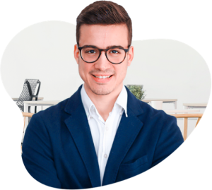 Álex Fernández, experto en Wordpress, dando su opinión sobre Declarando