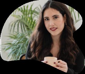 Nuria Mendez, consultora de productividad, dando su opinión sobre Declarando